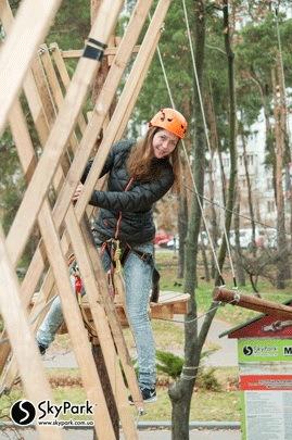 2014 р. Мотузковий парк компанії «Скайпарк» «Перемога» (м. Київ)