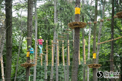 2015 the adventure park by the Skypark company at Pushkin Park (Kiev)
